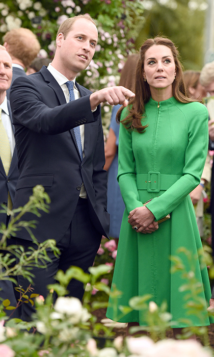 Kate perfectly complemented the surroundings at the Chelsea Flower Show in her green Catherine Walker coat dress.