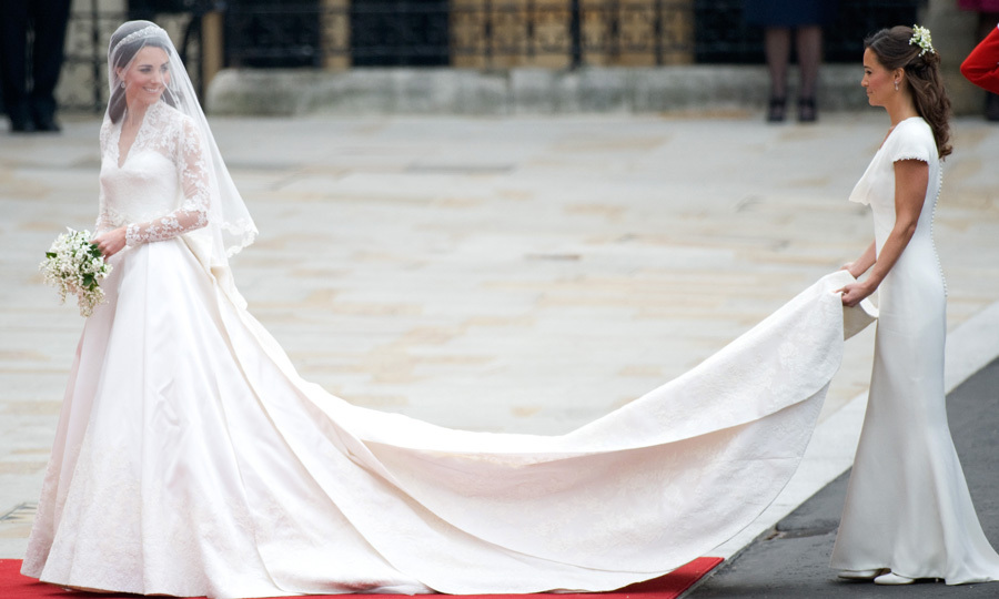 <b>The Dress</B>