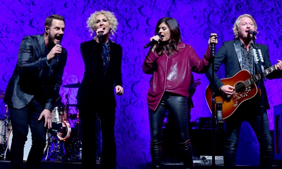 November 10: Little Big Town performed onstage during the City Of Hope's 2016 Spirit of Life gala, honoring Greenberg Traurig's Joel A. Katz in Santa Monica. 