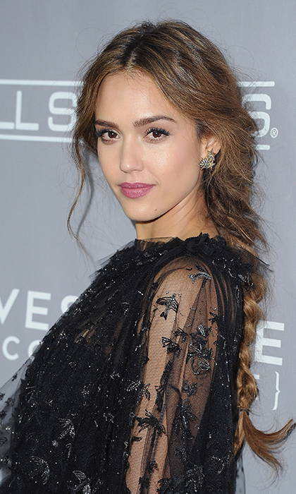 "Actress <a href=""http://us.hellomagazine.com/tags/1/jessica-alba/""><strong>Jessica Alba</strong></a> gave us major braid goals with this effortless plaited look at the 5th Annual Baby2Baby Gala at 3LABS in Culver City, California.