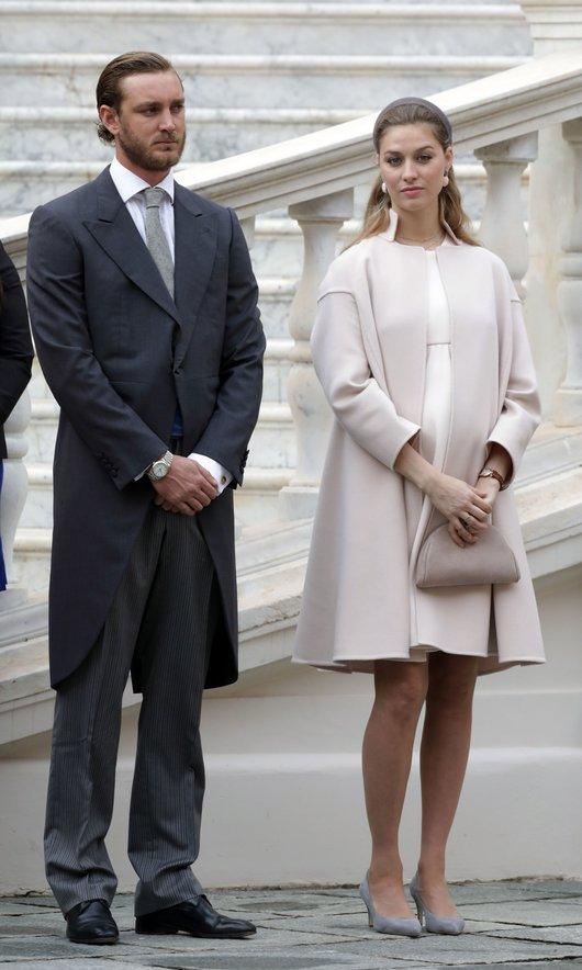 Standing next to husband Pierre Casiraghi – Princess Caroline's son – a pregnant Beatrice Borromeo was elegant in an haute couture ensemble by Armani Privé.