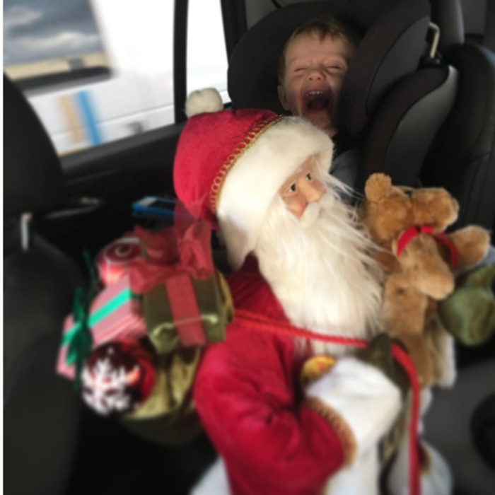 "<a href=""http://us.hellomagazine.com/tags/1/david-arquette/""><strong>David Arquette</strong></a> posted this snap of Santa Claus with a little helper – the actor's son – captioning the pic: ""Pure Joy! #holidays #christmas #santa #hohoho.""