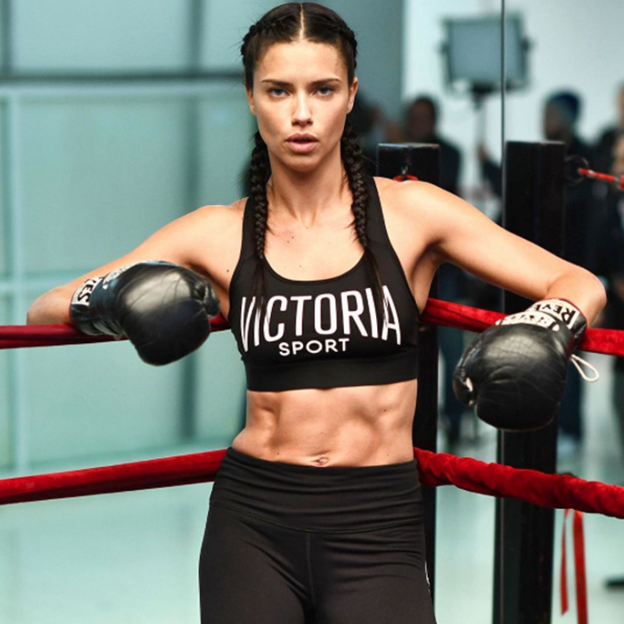Tyra Banks Victoria S Secret 2018: Adriana Lima Reminisces About Her First Victoria's Secret