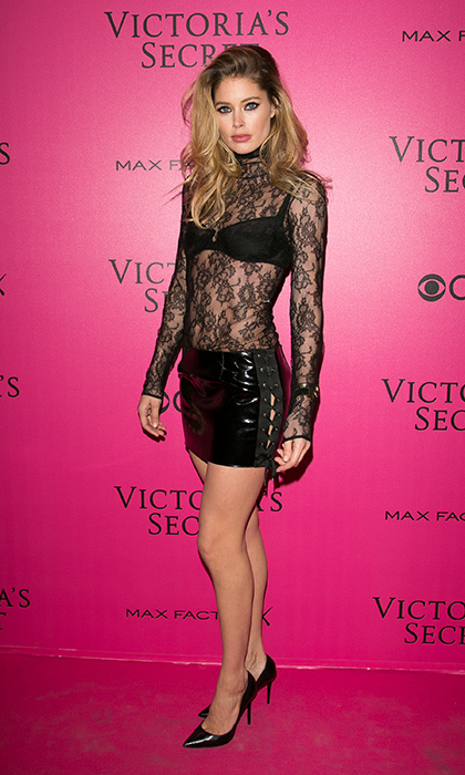 November 30: Doutzen Kroes looked racy in a lace up PVC skirt at the 2016 Victoria's Secret Fashion Show Pink carpet photocall at Le Grand Palais in Paris, France. 