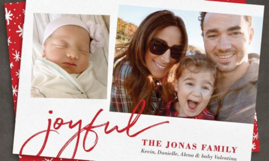 Kevin Jonas, his wife Danielle and their two daughters Alena and Valentina got festive with their family holiday card. 