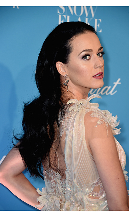 Katy Perry brought a touch of Old Hollywood glamour to the UNICEF Snowflake Ball in New York City.