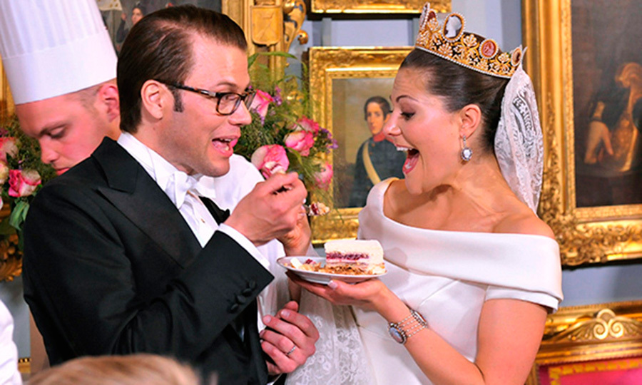The Cameo tiara played a starring role on Crown Princess Victoria's big day as she married Daniel Westling.