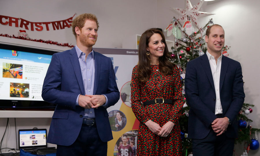 Happy holidays from the royal trio! Harry, Kate and William helped spread Christmas cheer at the Heads Together and The Mix annual Christmas party.