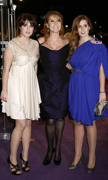 The mom-of-two beamed alongside her stylish daughters at the 2009 world premiere of <i>The Young Victoria</i> at London's the Odeon Leicester Square.