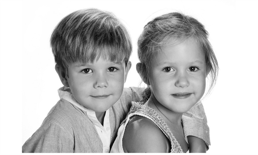 Happy sixth birthday! The palace celebrated Prince Vincent and Princess Josephine with a new set of portraits of the royal pair on January 8, 2017. 
