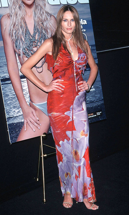 A vibrant tropical print was the fashion recipe for her appearance at the Sports Illustrated Swimsuit Issue unveiling in February 2000.