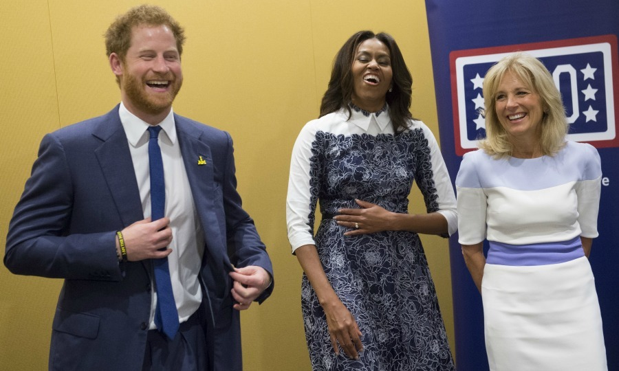 <b>October 2015</b>