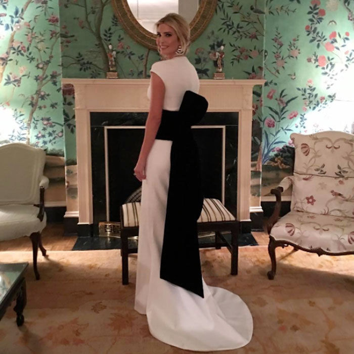 The mom-of-three wowed wearing a black and white Oscar de la Renta dress that featured a dramatic bow for a dinner the night before the inauguration ceremony.