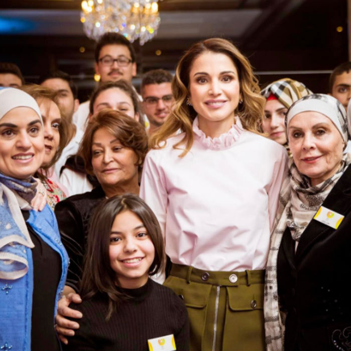 Queen Rania was all smiles as she posed for a photo at the 2017 IBDAA Expo in Amman, which showcases the talent and cretaivity produced by Jordanian youth.