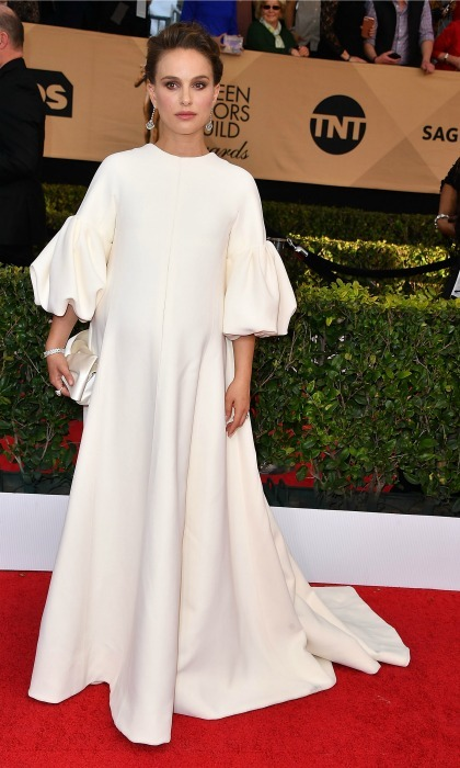 Natalie Portman's 2017 SAG Awards gown by Dior made it straight off the runway just in time to style her second baby bump for the ceremony held in L.A. 