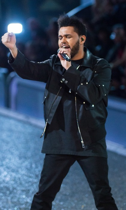<b>The Weeknd and Daft Punk</b> 