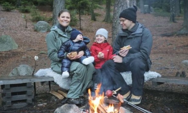 "Estelle and Oscar joined their parents on a hike through Tyresta National Park for their family's 2016 Christmas video. ""Merry Christmas and Happy New Year!"" Estelle, Daniel and Victoria said together in Swedish, which resulted in the little Prince letting out a laugh.
