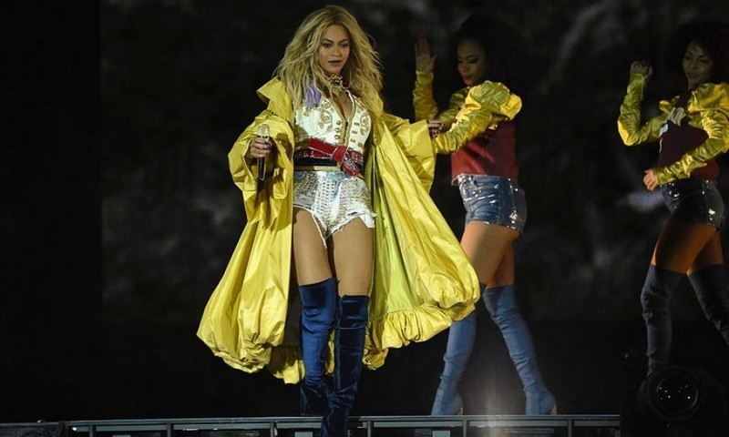 <b>Beyonce</b>