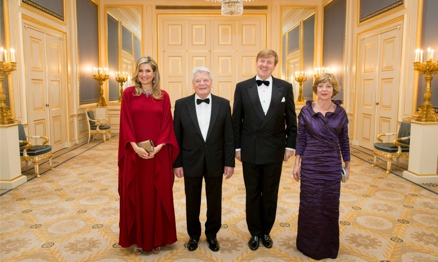 Queen Maxima was a lady in red during the dinner in honor of Germany's President Joachim Gauck.