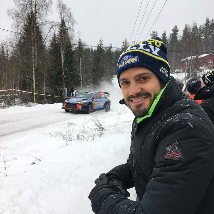 Prince Carl Philip was dressed warm out in the snow while in Norway for the Rally Sweden winter festival.