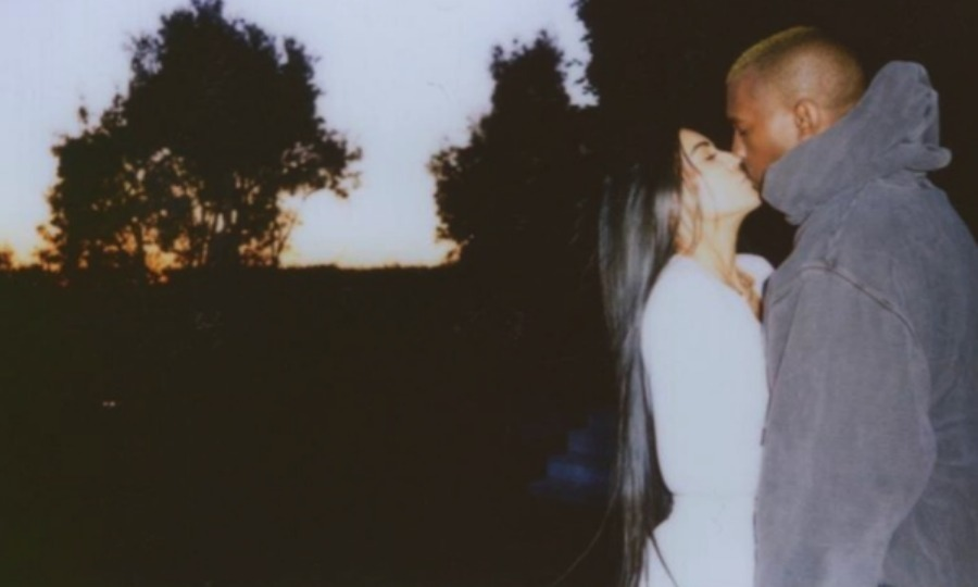 Kim Kardashian shared a sweet pic with her husband Kanye West. 