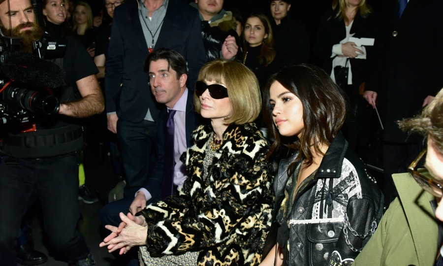 Selena Gomez had the best seat in the house (next to Anna Wintour) at the Coach FW17 runway show. 