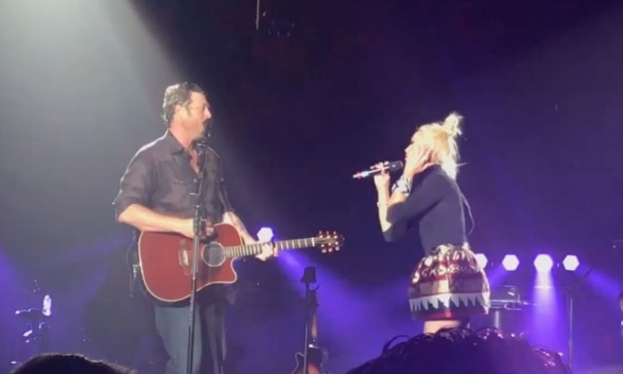 February 17: Gwen Stefani sent fans into overdrive when she joined her boyfriend, Blake Shelton, onstage for a surprise duet. The sweet moment happened during Blake's concert at The Forum in Inglewood, California.
