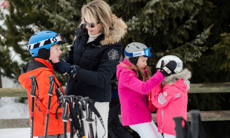 Queen Mathilde of Belgium and her daughter, Princess Elisabeth, helped Prince Emmanuel and Princess Eléonore with their helmets before the family went skiing. The family (including Mathilde's husband, King Philippe) seemed to love their 2016 holiday in Verbier, Switzerland. 