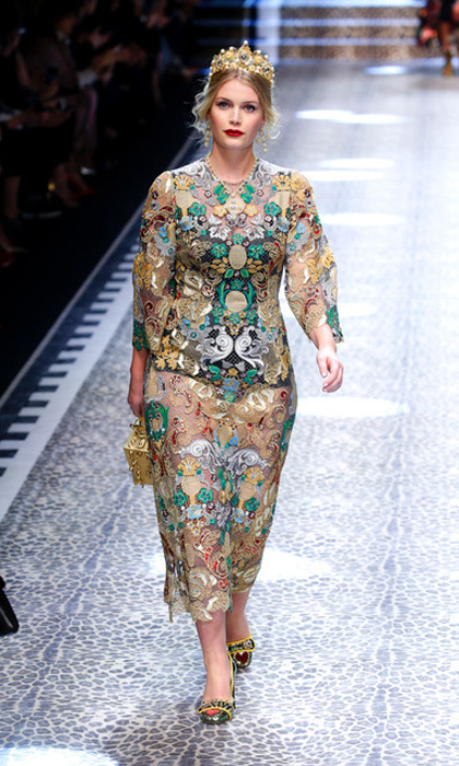 "Princess Diana's niece, Lady Kitty Spencer, made her runway debut at the Dolce & Gabbana show during Milan Fashion Week Fall/Winter 2017/18. Sharing a picture of herself from the runway, Prince William's cousin said, ""What an honour! Thank you for having me @dolcegabbana - I loved every second  #DGFAMIILY #DGMILLENNIALS