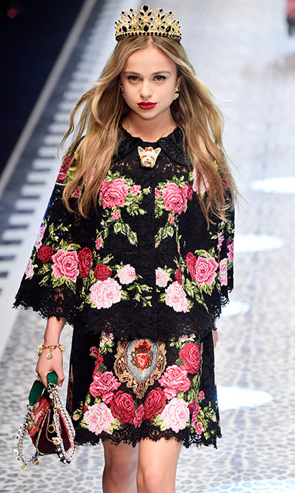 Lady Amelia Windsor ruled the runway at the Dolce & Gabbana Fall/Winter 2017/18 show during Milan Fashion Week. 