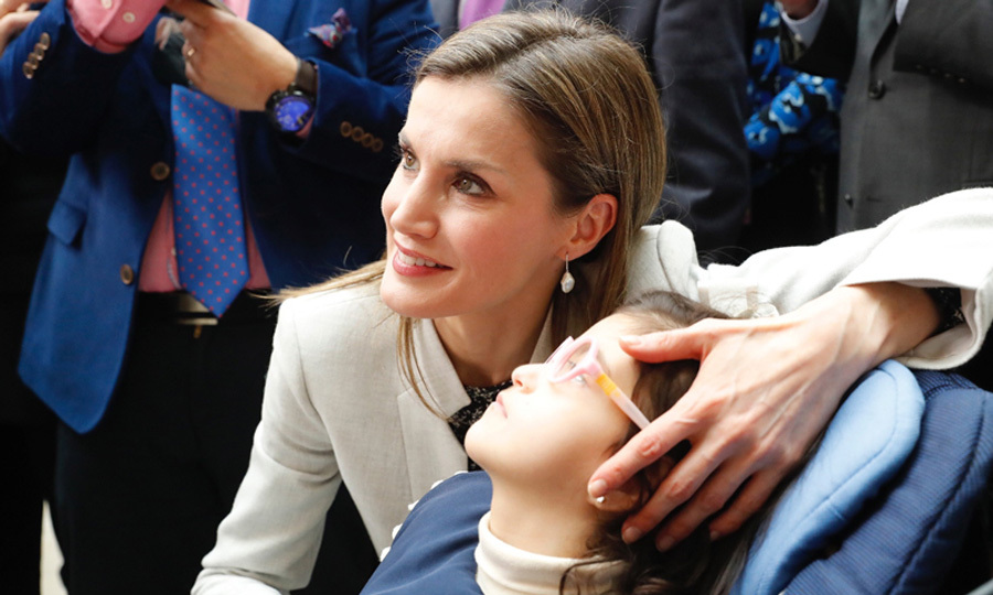 "<a href=""http://us.hellomagazine.com/tags/1/queen-letizia/""><strong>Queen Letizia</strong></a> presided over the official ceremony of the ""World Rare Disease Day,"" whose motto this year is ""Research is our hope."" While at the event, the Spanish royal met with a young girl.