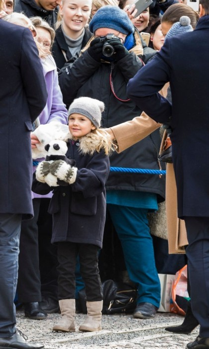 March 2017: Estelle graciously accepted a stuffed panda from royal watchers on her mom's Name Day celebration at the Royal Palace.