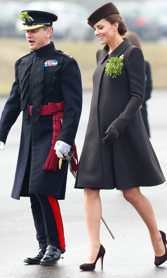 <b>2015</B>