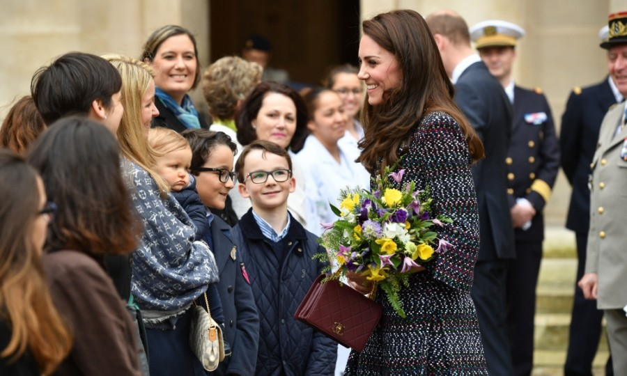 Kate was all smiles as she greeted supporters outside Les Invalides.