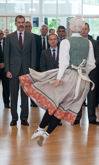 King Felipe of Spain watched a traditional dancer in San Sebastian during the 70th Anniversary of the Spanish Association of Machine Tool Manufacturers event on May 5. 