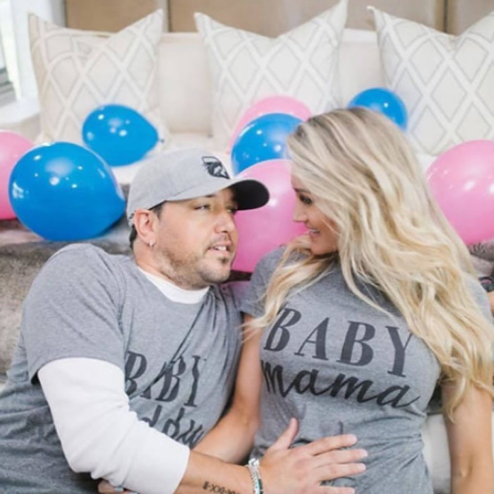 <b>Jason Aldean and Brittany Kerr</b>