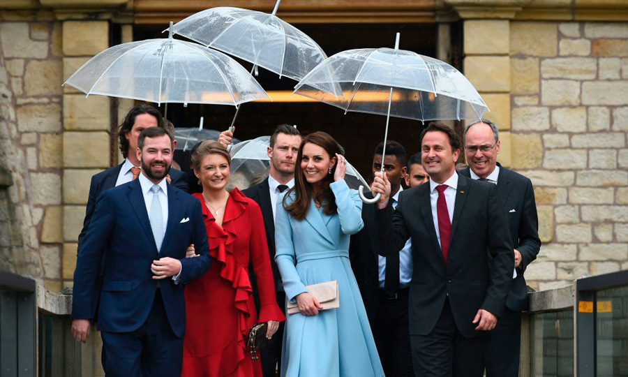 After her final stop of the one-day trip, which was in all five hours, at the Drai Echelen Museum, Kate was escorted to her waiting limo by Prince Guillaume and Princess Stephanie and Luxembourg's prime minister. 