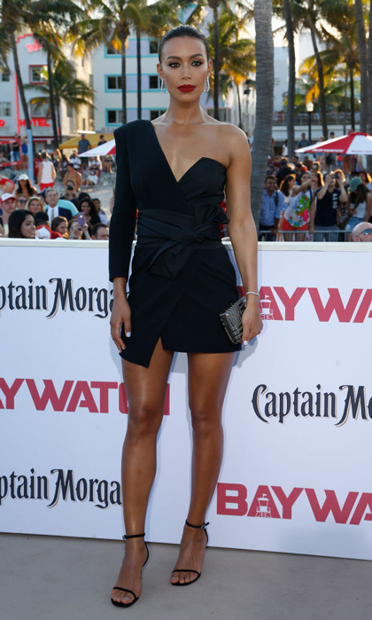 Ilfenesh Hadera wore a mini LBD and simple open toe sandals to the Miami premiere of <i>Baywatch</i>.