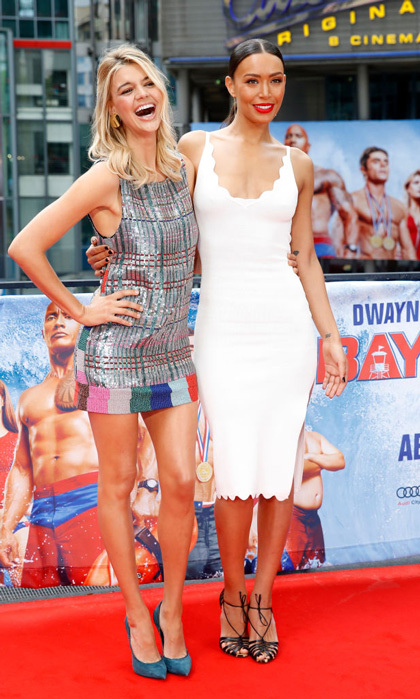 <i>Baywatch</i> babes Kelly Rohrbach and Ilfenesh Hadera kept dry on a rainy day in Berlin for the German premiere.