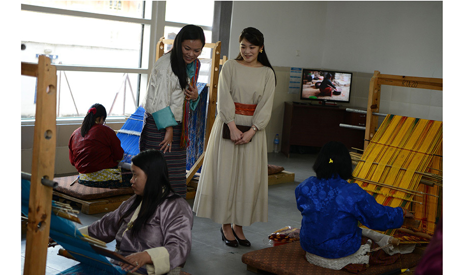 Japan's Princess Mako got an up-close look at the amazing work of Bhutanese weavers making traditional costumes at the Royal Textile Academy in Thimphu during her nine-day visit to Bhutan. 
