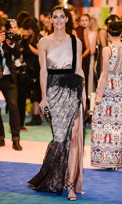Hilary Rhoda was pretty in pink and lace.
