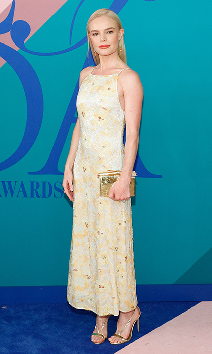 Kate Bosworth chose this1990s-inspired look by Brock Collection.
