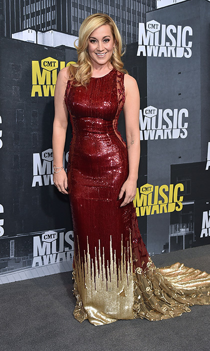 June 7: Kellie Pickler heated up the scene in gold and burgundy at the 2017 CMT Music Awards.