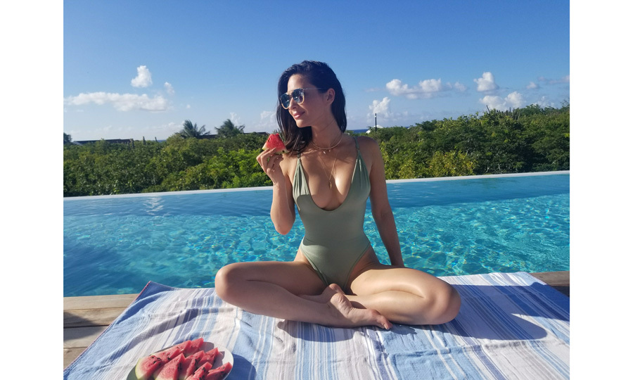 <b>Olivia Munn</b>