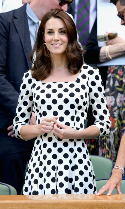 Kate Middleton didn't just use her appearance at Wimbledon to show off her chic new haircut, the Duchess of Cambridge showed off her impeccable summer style in a Dolce & Gabbana dress. 