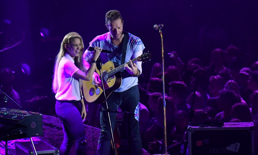 Music for the cause! Shakira and Chris Martin performed a duet during the Global Citizen Festival at the Barclaycard Arena in Hamburg, Germany on July 6. 