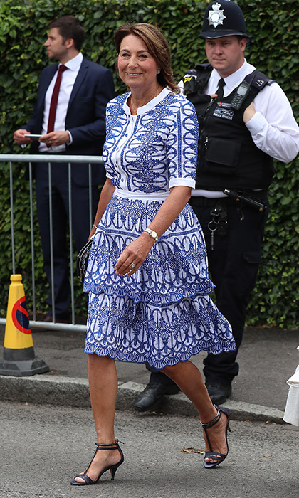 Clearly a major tennis fan, the Duchess of Cambridge's mom attended quite a few matches during Wimbledon 2017 – here she is wearing a very Kate-like look on Day 9.