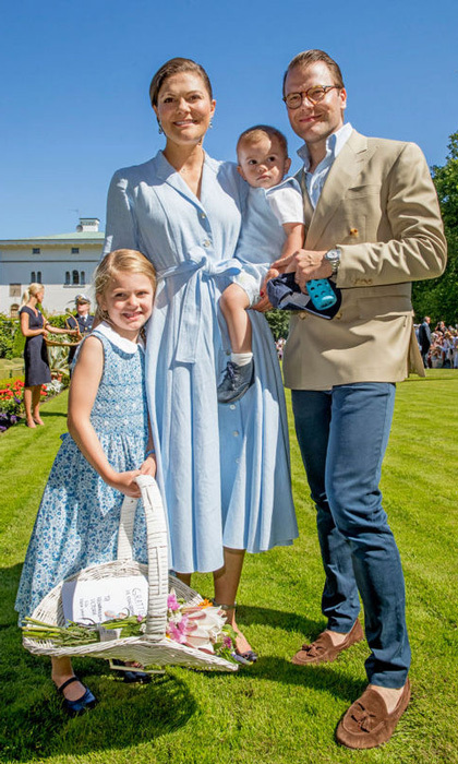"<b><a href=""http://us.hellomagazine.com/tags/1/princess-estelle/""><strong>Princess Estelle of Sweden</strong></a> has all the personality and all of the cute! Here is a look at Crown Princess Victoria and Prince Daniel's little girl and all of her sweetest moments in front of the camera. </B>