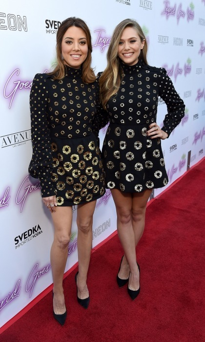 Talk about twinning! Elizabeth Olsen and Aubrey Plaza stepped out in nearly identical outfits for the Hollywood premiere of their movie <i>Ingrid Goes West</i>. 