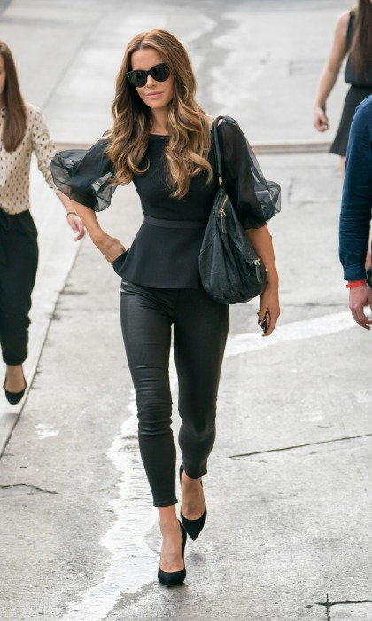 Street style! Kate Beckinsale looked smokin' hot in an all black ensemble while leaving her taping of <i>Jimmy Kimmel Live</i> on August 1 in L.A. 